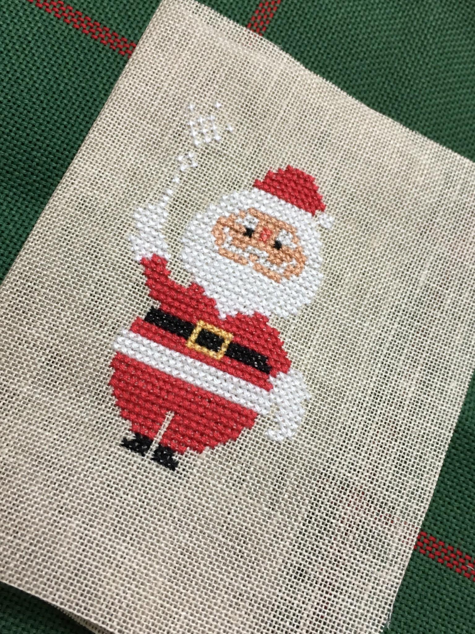 サンタの刺繍