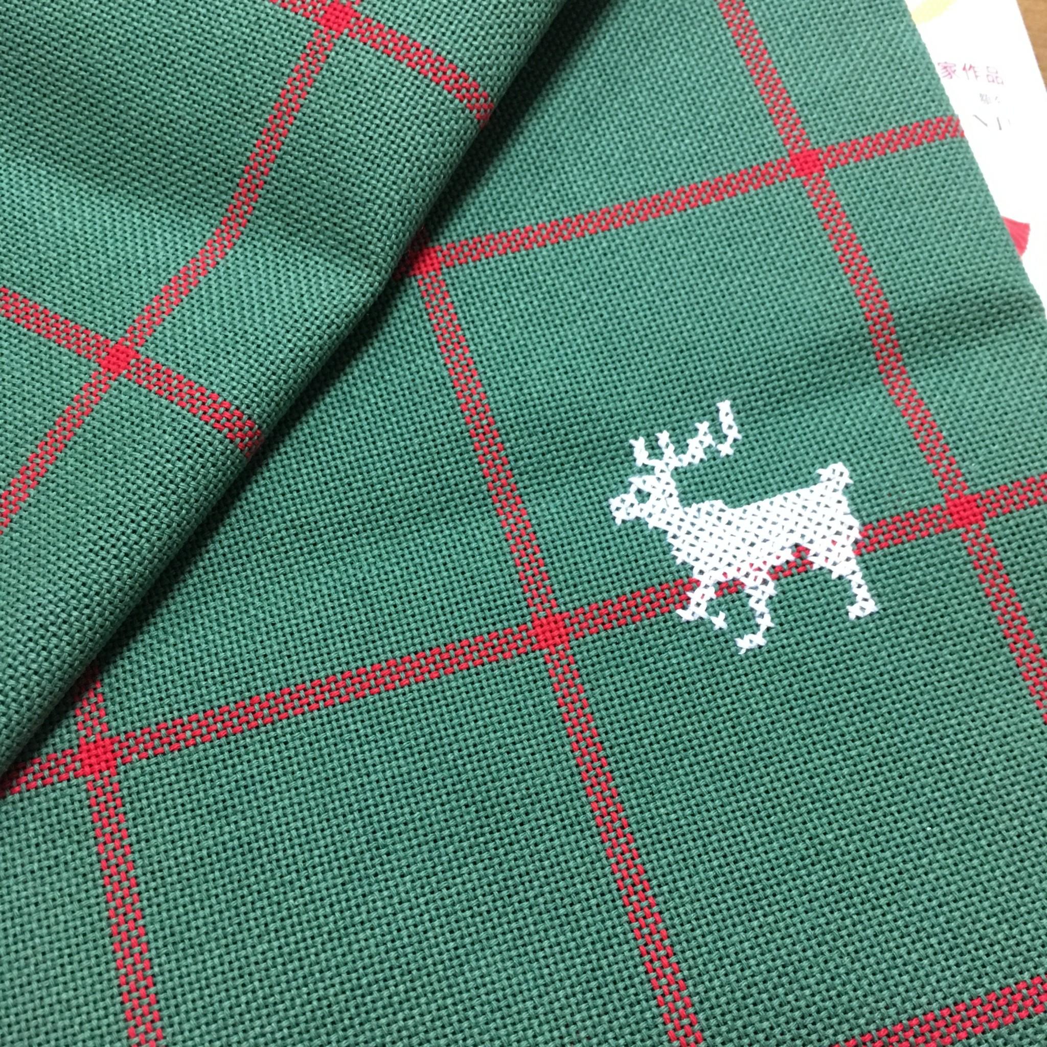 トナカイの刺繍
