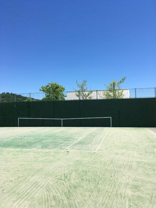 日応寺自然の森スポーツ広場のテニス壁打ち