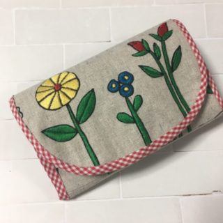 花のカードケース(ルシアンアンバサダー企画)